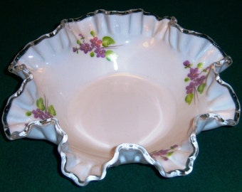 Fenton Glass Violets in Snow  Hand Painted 9 inch Bowl