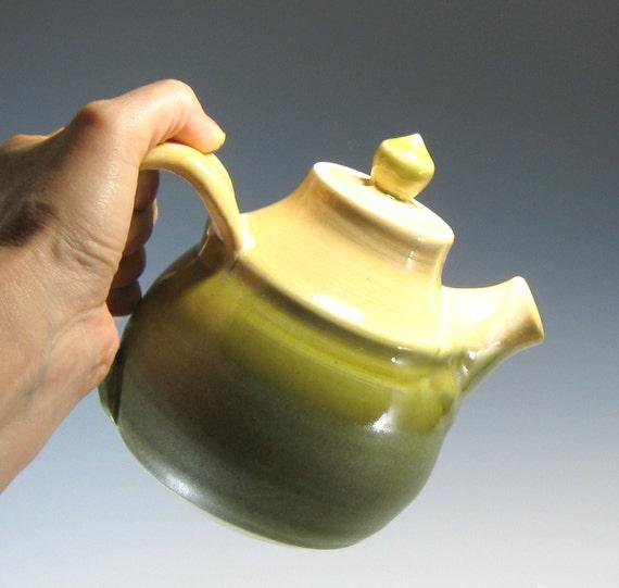 Perky Coffee pot or Teapot