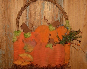 EPATTERN -- Pumpkins and Leaves Door Greeter Wall Hanging