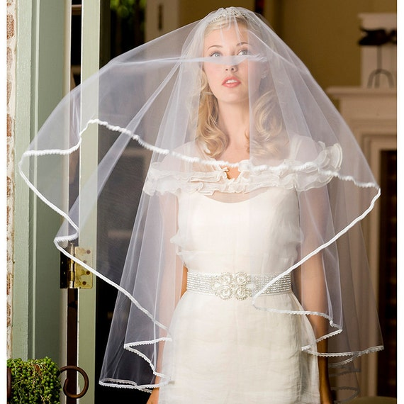 Bridal veil, blusher veil, wedding veil, drop veil, lace edge veil - style 764
