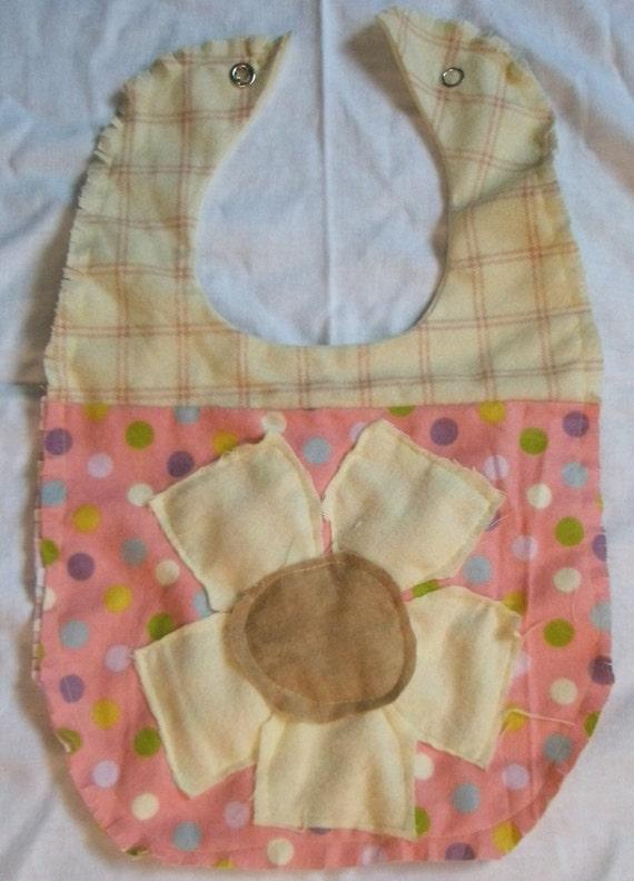 the best baby bib pattern with flower applique