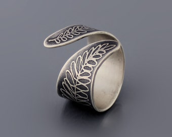 Fern Ring, sterling silver ring, wrap ring, botanical jewelry, botanical ring, etched ring
