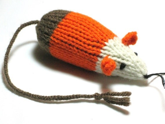 Catnip Mouse Cat Toy as a Brown Candy Corn