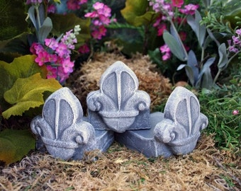 Pot Feet - Fleur De Lis Planter Feet - Flower Pot Foot Concrete Art