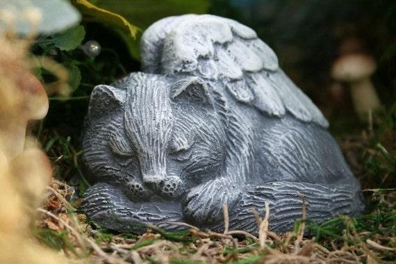 ANGEL CAT CONCRETE STATUE -  Pet Memorial Cat Figure