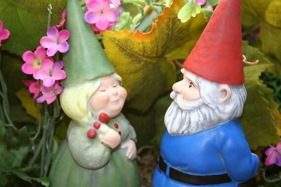 Gnome Garden: Gnomeo & Juliet Cement Garden Gnome Couple By PhenomeGNOME
