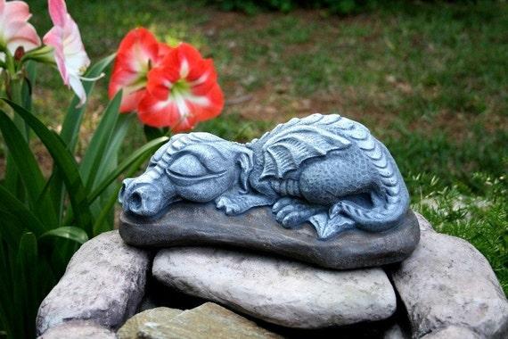 Dragon Garden Statue Big Sleeping Daphne Is So Adorable