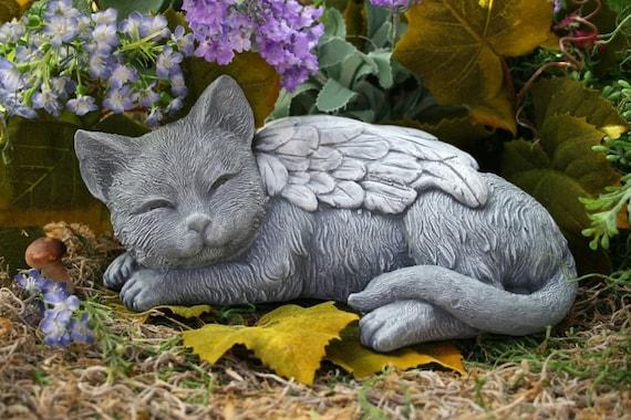 Angel cat statue cat memorial garden sculpture in concrete for Cat yard art
