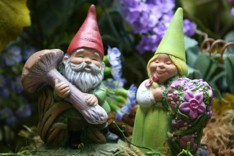 Gnome Garden: Garden Gnomes Terrarium Accessories For Your Miniature Fairy