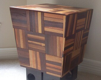 L-Modern End Table