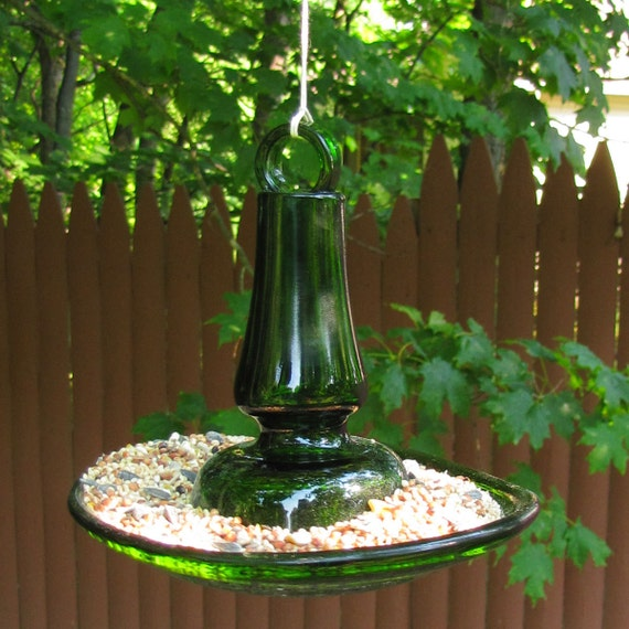Recycled material bird feeder - Green glass