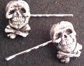 Skull and cross bones, Halloween,Pirates,skull barrette, skull bobby pin, skull clip,skull, pirate clip, hat clip, lapel clip, shoe clip