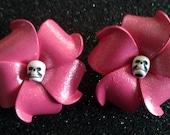 Pink, pink flower, pink plumeria, skull, skull clip, skull barrette, glitter, pink glitter, plumeria, tropical flower