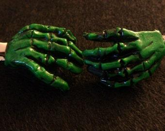 Zombie , green, Skull, Day of the dead, barrette,zombie barrettes, zombie hands, green hands,green hair clip, green zombie, horror