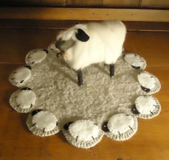 Primitive Colonial Sheep Penny Rug