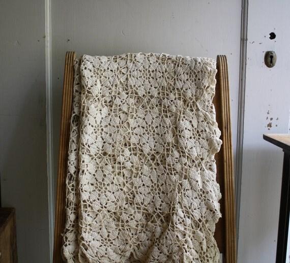 vintage crochet lace tablecloth