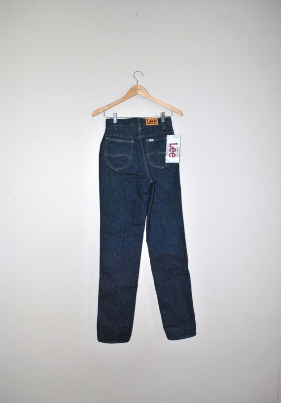 70s lee jeans // dark blue denim // vintage 70s cigarette jeans original tags attatched