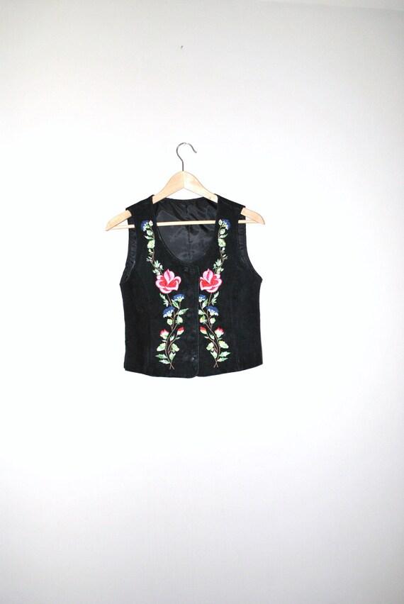 vintage black embroidered leather vest / 1970s hippie vest / floral embroidery small vest