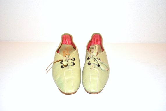 50s moss green leather oxford flats