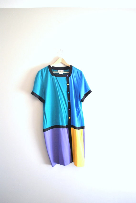 80s color block dress // soft rayon blend in bright color blocking // vintage 80s dress