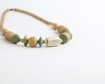 Vintage Chunky Beaded Necklace | Wooden Bead Necklace | Abalone Shell Boho Necklace