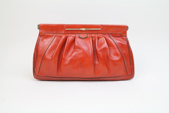 70s vintage leather clutch / rust colored gathered leather bag