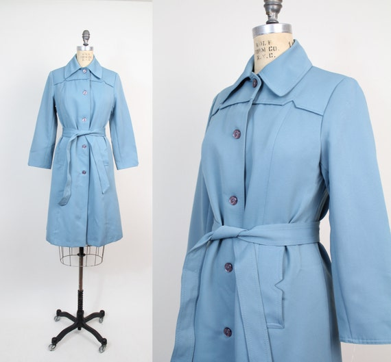 s a l e. . . vintage Mod Belted Trench Coat / s-m