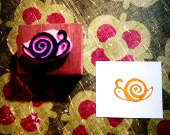 Mini Snail  - hand carved rubber stamp