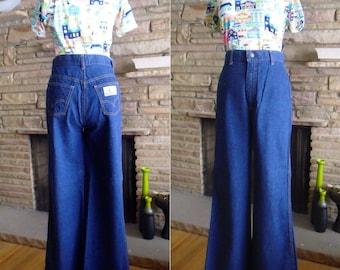 """Vintage 1970's Wide Leg Levis Plowboy Jeans - 29"""" Waist"""