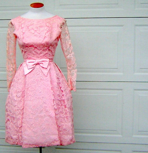 Vintage Pink Lace Party Dress S XS Pouf Hem Sheer Sleeves Satin Bow