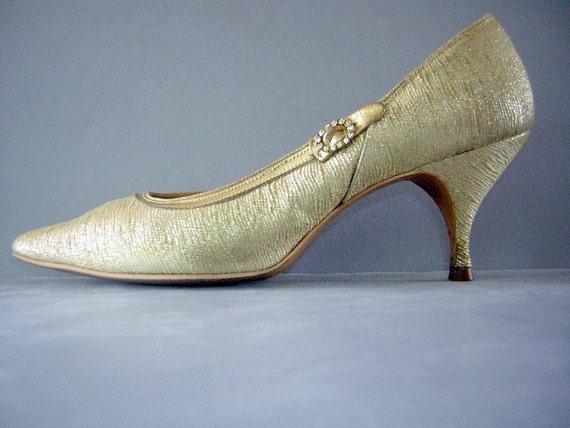 Vintage 50s 60s MadMen Golden Kitten Heels - Sexy - US Size 6 / Euro 36