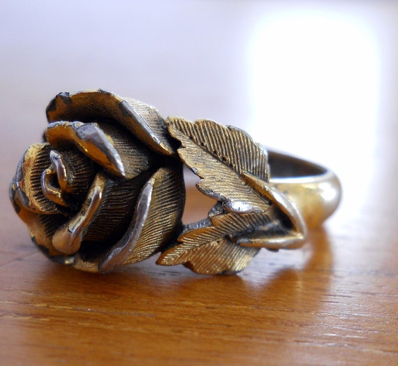 Vintage late 1960s ROSE RING - Cast Metal - Heavy Texture - Victorian Styling - Size 7