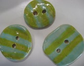 Set of 3 green and turquoise striped buttons