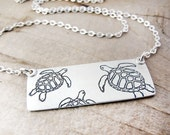 Sea turtle necklace in silver - number 2