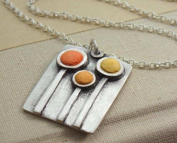 Concrete flowers necklace