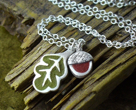Oak leaf and acorn necklace in silver and concrete