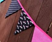Bunting / flags / pennant strings - Black Lovebirds
