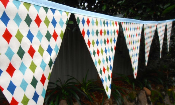 Bunting / Flags / Pennant Strings - Play Diamond