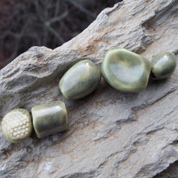Sweet Pea... handmade porcelain beads