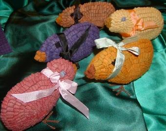 Primitive Rug Hooked Easter Chicks Handmade OFG PFATT