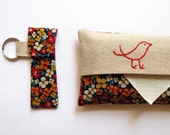 Tissue Holder and Stashie Key Ring pack, vintage floral fabric