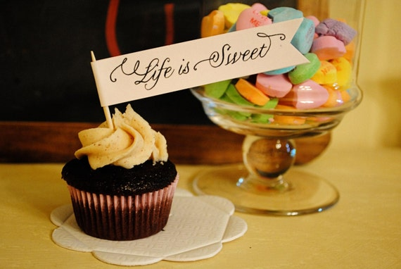 Life is Sweet - Cupcake flags