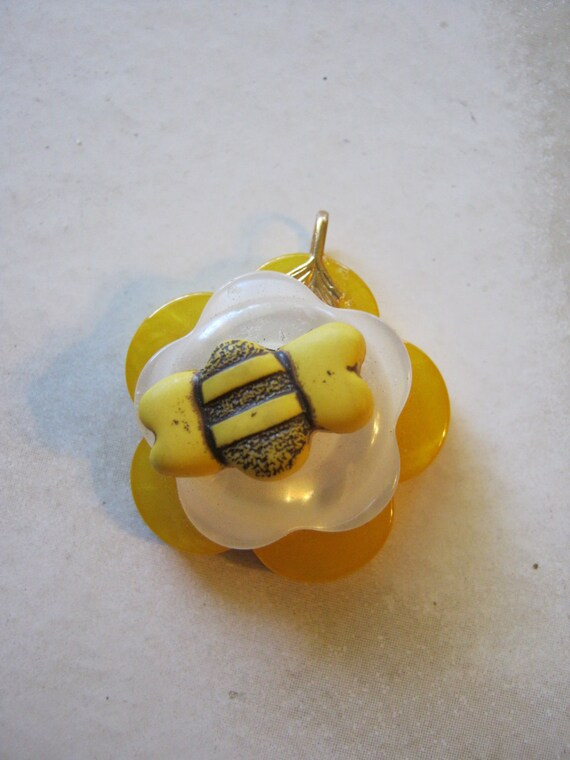 Spring and BEE Button Pendants