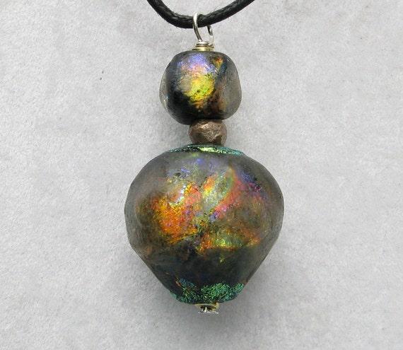 Pasha Series Bulb Pendant with Mini Bead