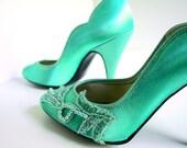 Shoes - Aqua Satin and Lace Pumps Vintage 1980's Size 6.5B