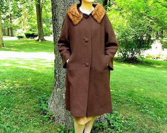 Vintage 1950's Coat with Fur Collar, Chocolate Brown Winter Coat, Modern Size 6 to 8, Small
