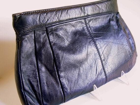 Vintage 1980's Navy Blue Leather Clutch Purse