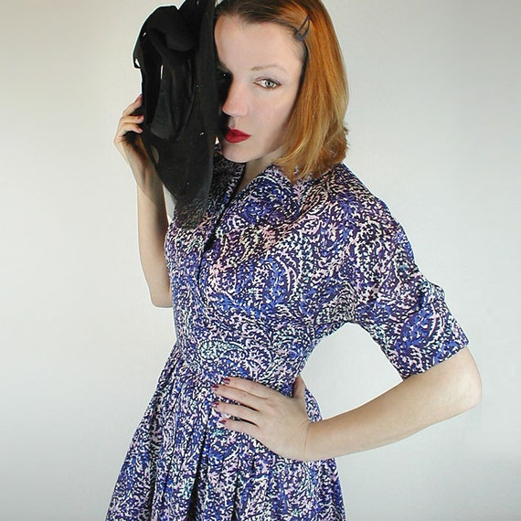 50s Violet Blue & Pink Print Taffeta Full Skirt Dress M