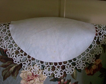 Vintage Linen Tatted Antimacassar  Doily 719