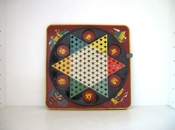 Vintage Pagoda Chinese Checkers Board